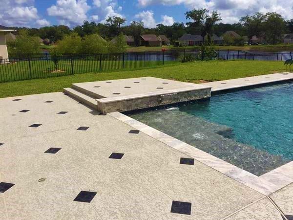 pool-deck-contractor-houston
